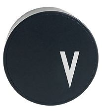 Design Letters Adapter - V - Black